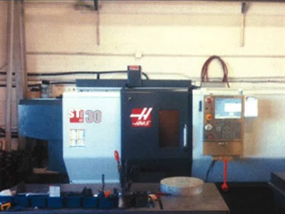 HAAS ST 30 BIG BORE CNC UNIVERSAL TURNING CENTER