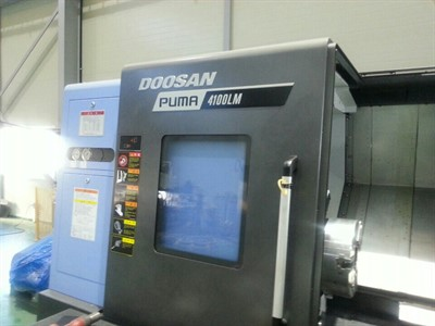DOOSAN PUMA 4100LMB CNC UNIVERSAL TURNING CENTER W MILLING & STEADY
