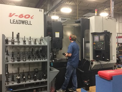 LEADWELL V60I CNC VERTICAL MACHINING CENTER